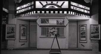 Silver Screens - Movie theaters in movies